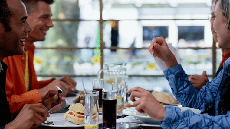 サラリーマンが、節約するのは昼食が一番手っ取り早い