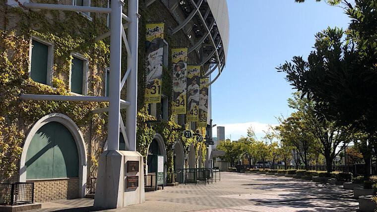 阪神甲子園球場まで徒歩5分の激安駐車場4箇所【Peasy】